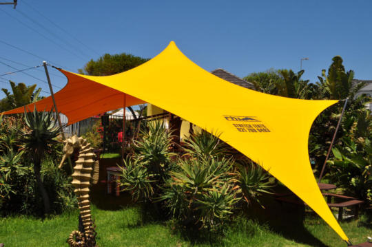 22 CUSTOM STRETCH TENT GARDEN RESTAURANT YELLOW
